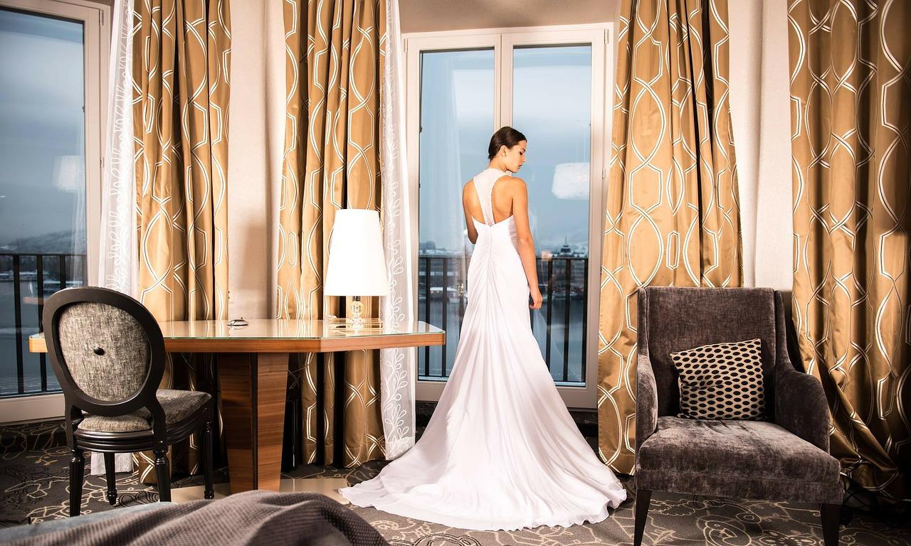 bride-301813_1280