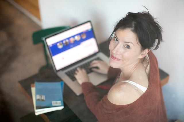 Hledání partnera on-line
